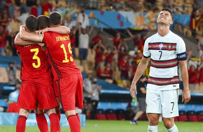 Báo Bồ Đào Nha xót xa cho thất bại của C.Ronaldo và các đồng đội - 1
