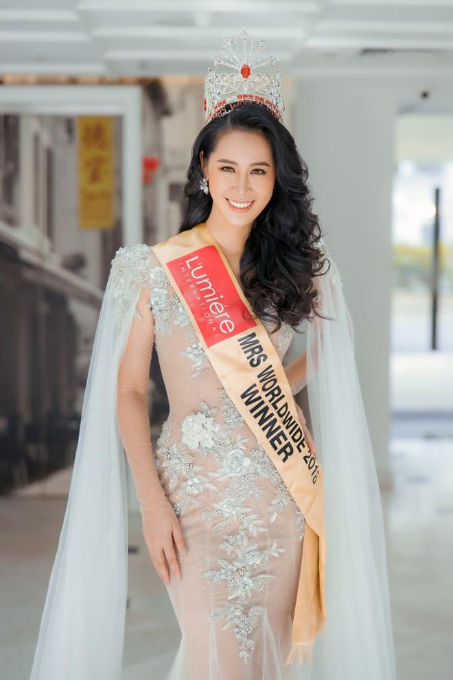 Hé lộ gia thế khủng, dòng dõi quyền quý của các Hoa hậu Việt - 10