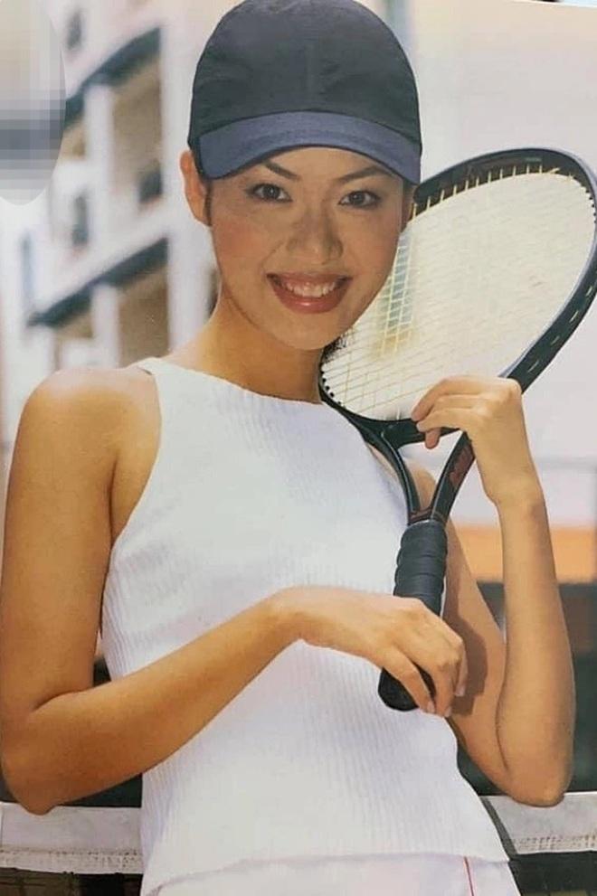 Hé lộ gia thế khủng, dòng dõi quyền quý của các Hoa hậu Việt - 2