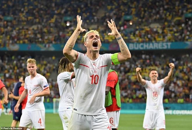 Nỗi đau xé lòng của Mbappe khi hóa tội đồ khiến Pháp bị loại ở Euro 2020 - 17