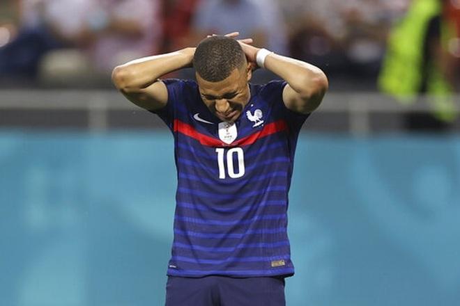 Mbappe, Bale và những cầu thủ gây thất vọng lớn ở vòng 1/8 Euro 2020 - 1