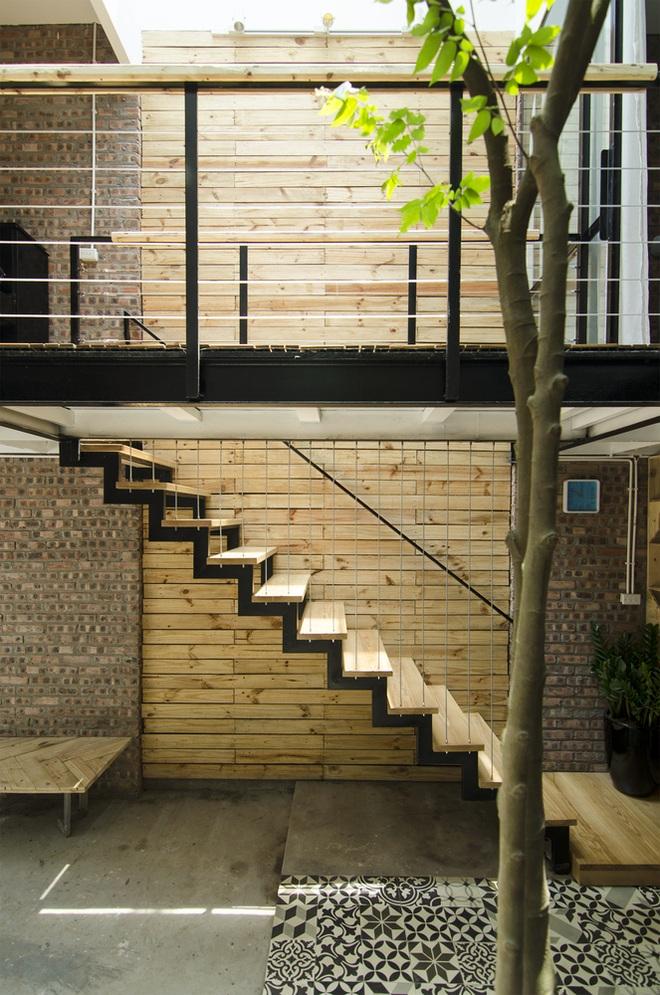 Căn nhà 46 m2 độc đáo trong ngõ nhỏ Hà Nội - 2
