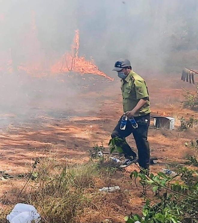 Đám cháy rừng lớn nhất 30 năm qua ở Thừa Thiên Huế đã được dập tắt - 12