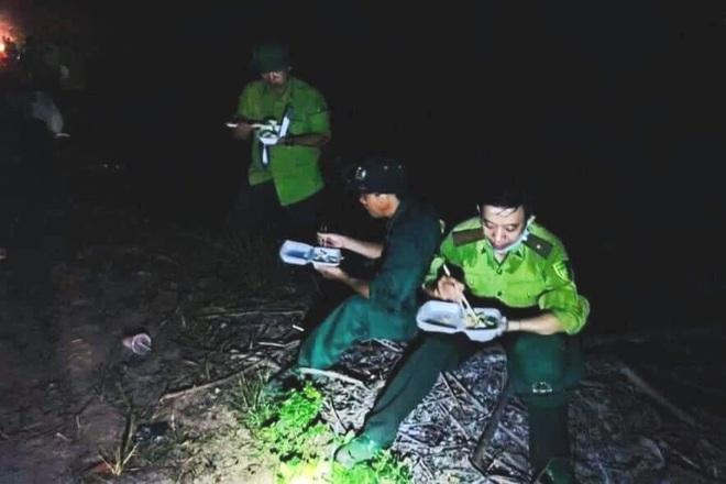 Đám cháy rừng lớn nhất 30 năm qua ở Thừa Thiên Huế đã được dập tắt - 11