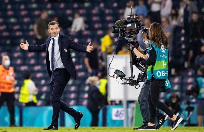 Andriy Shevchenko: Người viết nên lịch sử cho bóng đá Ukraine - 1