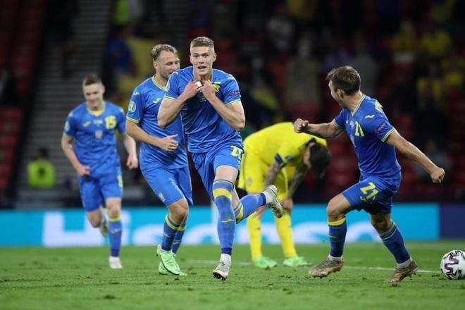 Thắng nghẹt thở Thụy Điển sau 120 phút, Ukraine lọt vào tứ kết Euro 2020 - 1