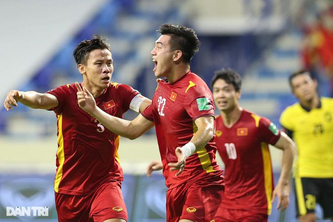 Báo Trung Quốc cảnh báo đội nhà không coi thường đội tuyển Việt Nam - 1