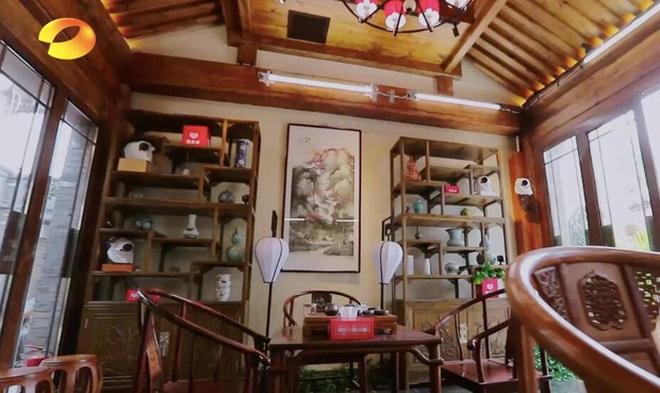 Cuộc sống điền viên và giàu có của Hòa Thân Vương Cương khi nghỉ hưu - 3