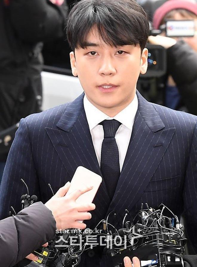Trước tòa, Seungri phủ nhận mọi tội danh và kêu oan vì... lỗi đánh máy - 1