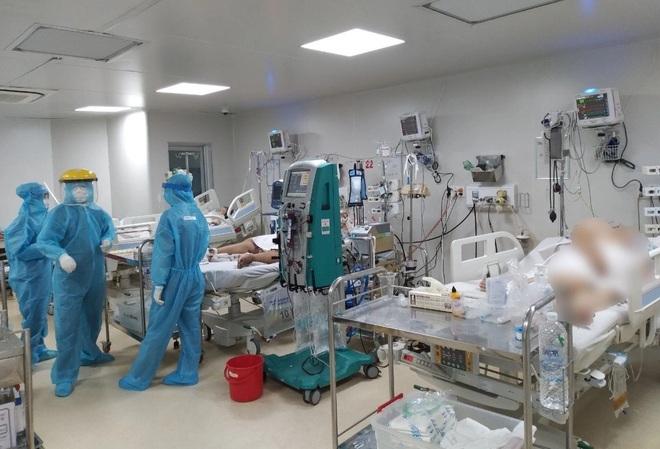 TPHCM: Hơn 4.000 ca dương tính mới với SASR-CoV-2 đang được điều trị - 1