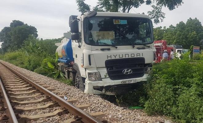 Tai nạn liên hoàn giữa 9 ô tô, 1 người tử vong - 4