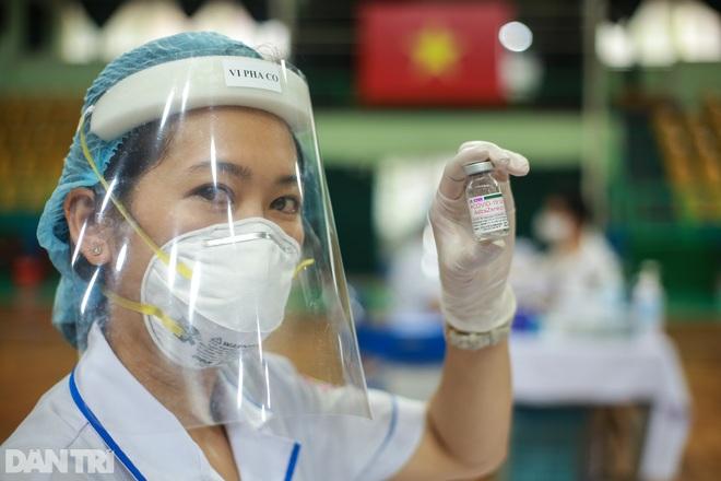 Tuần qua: TPHCM có 9 chuỗi lây nhiễm nguy hiểm, 300 sinh viên vào điểm nóng - 6