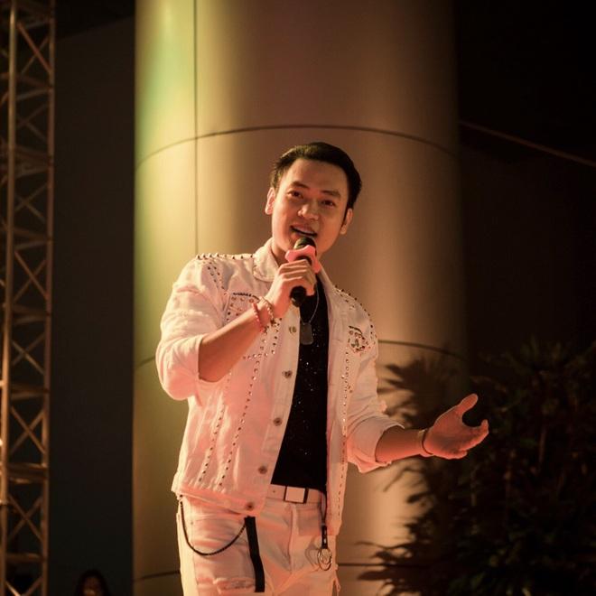 Ca sĩ Duy Khoa tiết lộ về cuộc sống, sự nghiệp trong suốt 10 năm ở ẩn - 10