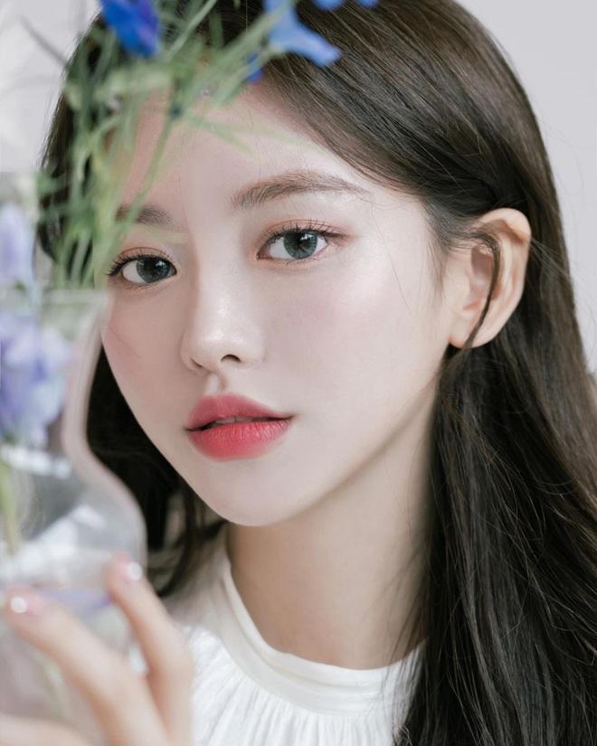 Nét đẹp thuần khiết của hot girl Hàn Quốc hút gần nửa triệu fans - 1