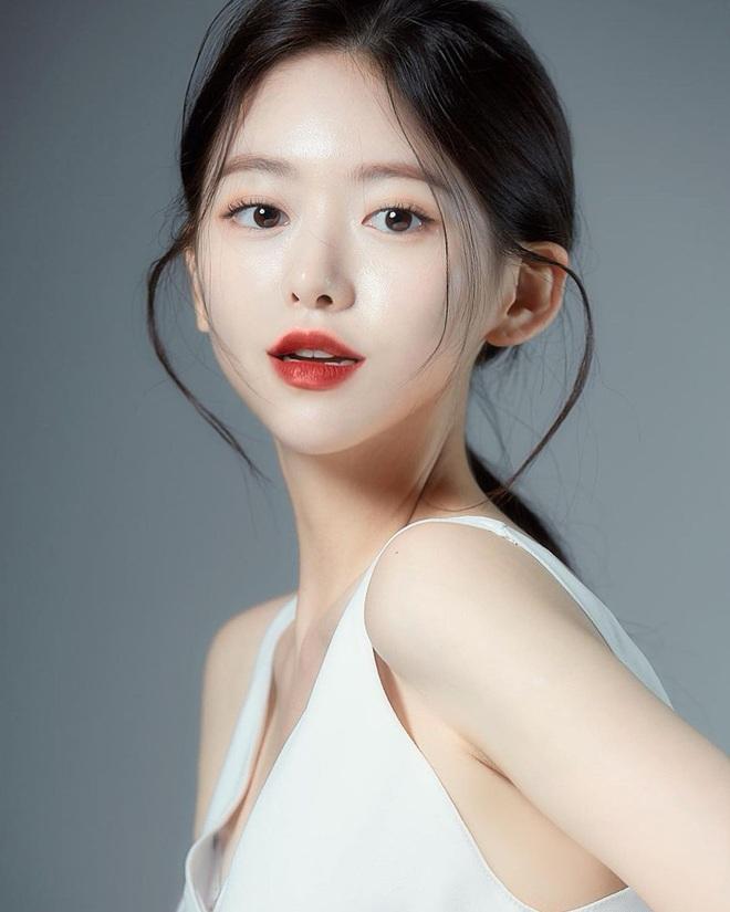 Nét đẹp thuần khiết của hot girl Hàn Quốc hút gần nửa triệu fans - 10