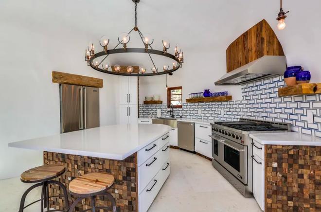 Chiêm ngưỡng căn nhà triệu USD mang phong cách Santorini - 3