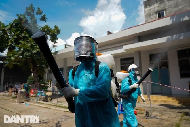 Hà Nội: Chùm ca bệnh tại Hoàng Mai ghi nhận thêm 6 F0 - 1