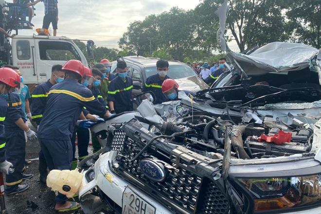 Tai nạn liên hoàn giữa 9 ô tô, 1 người tử vong - 2