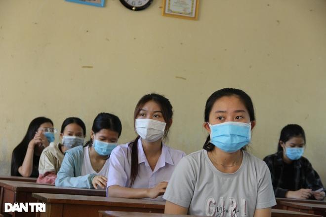 Xét nghiệm cho hơn 10.000 thí sinh thi tốt nghiệp THPT ở Phú Yên - 3