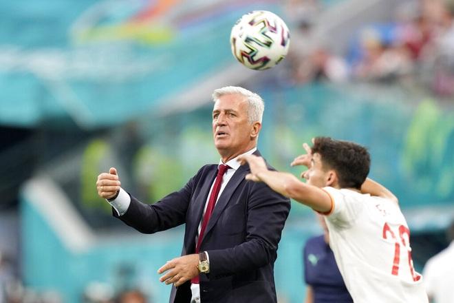 HLV Tây Ban Nha nói gì sau chiến thắng nghẹt thở trước Thụy Sỹ? - 3