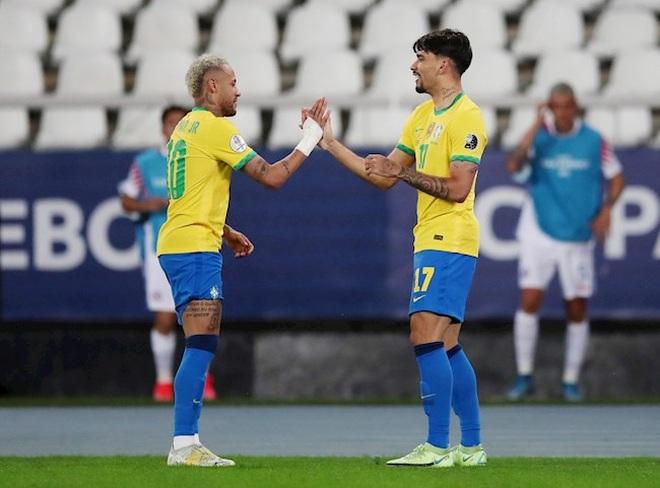 Jesus bị đuổi, Brazil vượt qua Chile và gặp Peru ở bán kết Copa America - 2