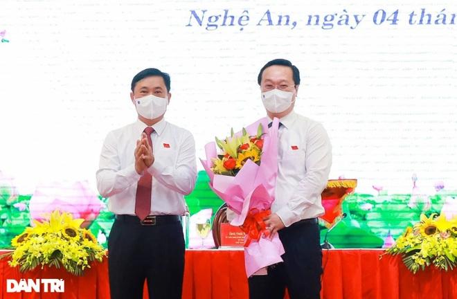 Ông Nguyễn Đức Trung tái đắc cử Chủ tịch UBND tỉnh Nghệ An - 2