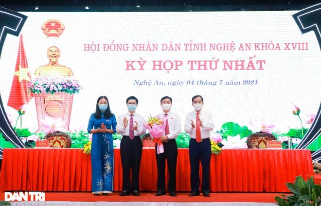 Ông Nguyễn Đức Trung tái đắc cử Chủ tịch UBND tỉnh Nghệ An - 1