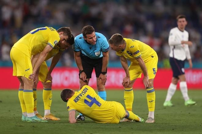 Chống bóng bổng kém, Ukraine thua tan nát trước tuyển Anh - 7