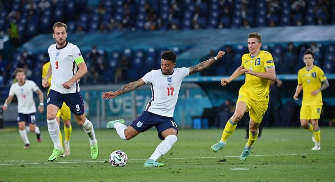 Chống bóng bổng kém, Ukraine thua tan nát trước tuyển Anh - 8