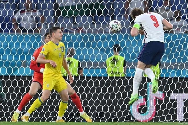 Chống bóng bổng kém, Ukraine thua tan nát trước tuyển Anh - 11