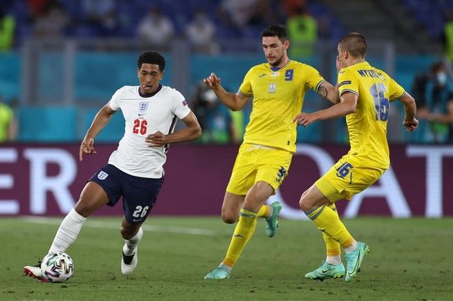 Chống bóng bổng kém, Ukraine thua tan nát trước tuyển Anh - 15