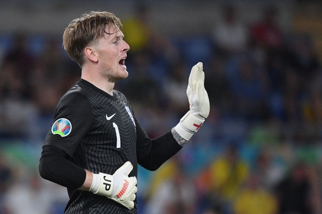 Chống bóng bổng kém, Ukraine thua tan nát trước tuyển Anh - 16