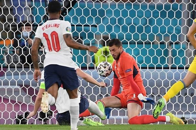 Chống bóng bổng kém, Ukraine thua tan nát trước tuyển Anh - 3