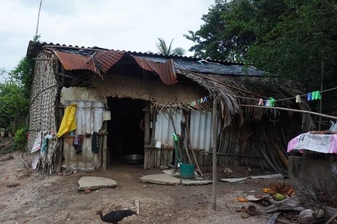 Vợ chồng nghèo kiết trong ngôi nhà xơ xác, 2 đứa con nguy cơ phải nghỉ học - 2