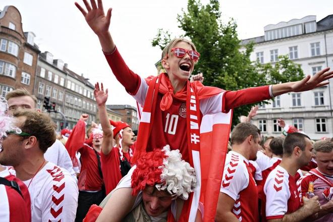 Đan Mạch viết tiếp truyện cổ tích Andersen tại Euro 2020 - 7