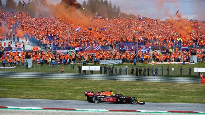 Đua F1 chặng 9: Verstappen thắng tuyệt đối, Hamilton tiếp tục gây thất vọng - 7