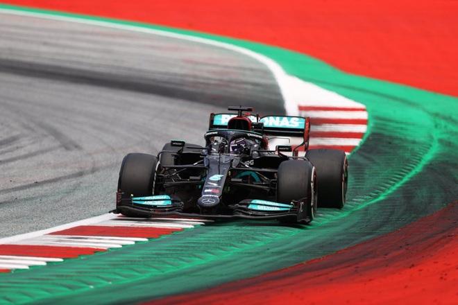 Đua F1 chặng 9: Verstappen thắng tuyệt đối, Hamilton tiếp tục gây thất vọng - 4