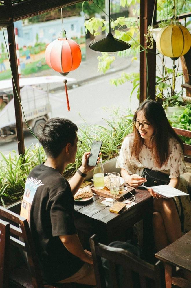 Những quán cà phê núp trong khu tập thể cũ Hà Nội - 11