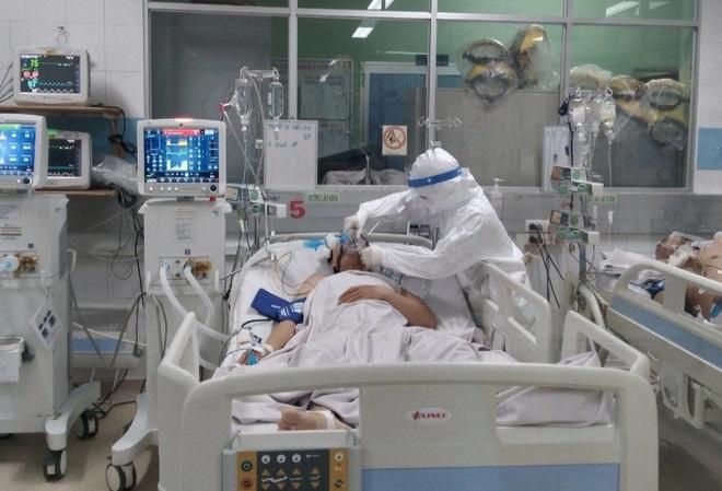 TPHCM: Nhiều bệnh nhân Covid-19 không có triệu chứng, đột ngột trở nặng - 2