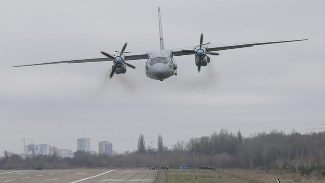 Video hiện trường đầu tiên vụ máy bay Nga đâm vào vách đá làm 28 người chết - 2