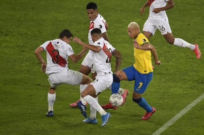 Neymar tỏa sáng giúp Brazil giành vé vào chung kết Copa America - 1