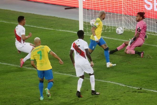 Neymar tỏa sáng giúp Brazil giành vé vào chung kết Copa America - 2