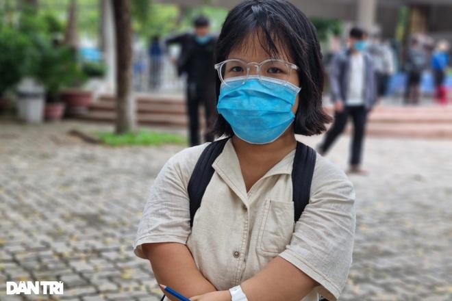 Thí sinh tí hon cao 1,2m ở Đà Nẵng, đặt mục tiêu đạt điểm tối đa 3 môn  - 3