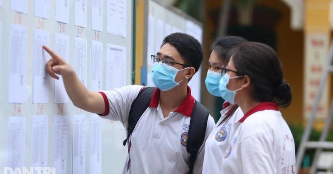 Sáng nay, gần 1 triệu thí sinh thi môn Ngữ Văn tốt nghiệp THPT