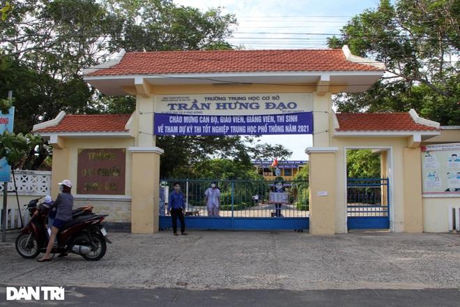 Phú Yên dừng 2 điểm thi do 139 trường hợp nghi mắc Covid-19 - 2