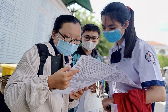 Nóng: Bộ GD-ĐT công bố đáp án các môn thi trắc nghiệm - 1