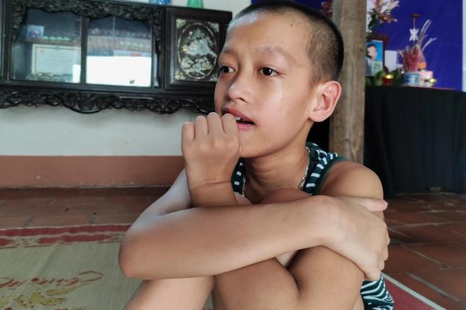 Những đứa trẻ ngây dại mồ côi cha khẩn cầu sự giúp đỡ - 2