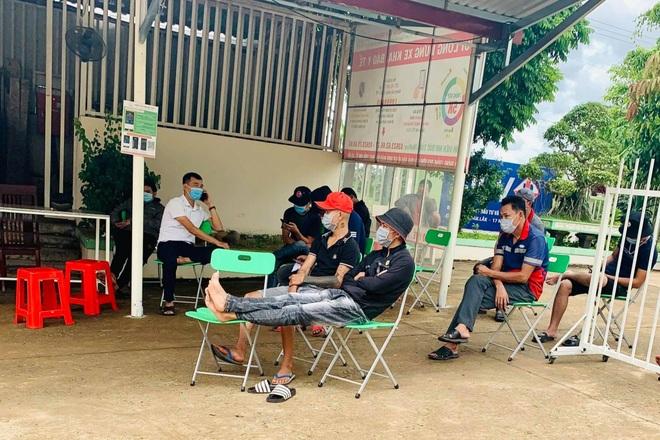 Đắk Lắk: Yêu cầu 2 cơ sở y tế tư nhân tạm ngừng test nhanh SARS-CoV-2 - 1