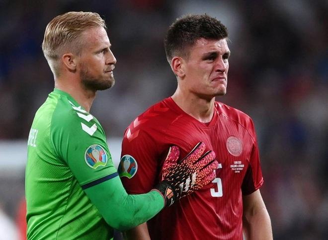 Báo chí Đan Mạch rơi lệ sau thất bại của đội nhà trước tuyển Anh - 1