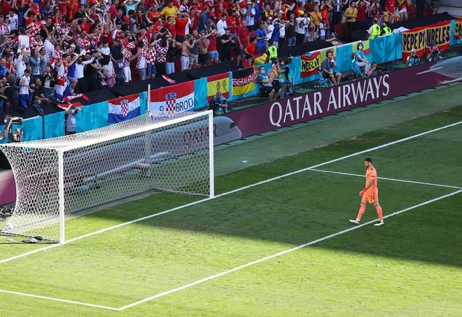 Điểm lại 11 pha phản lưới nhà tạo nên Euro 2020 kỳ lạ nhất lịch sử - 11